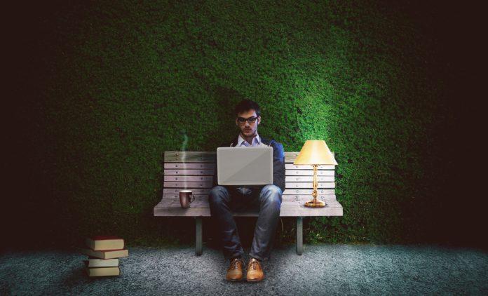 Jak radzić sobie z uzależnieniem od pracy?