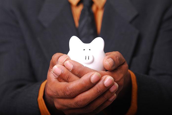 Sposoby na to jak regularnie zwiększać swoje oszczędności.