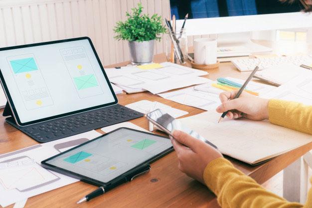 Jak znaleźć pracę biurową?